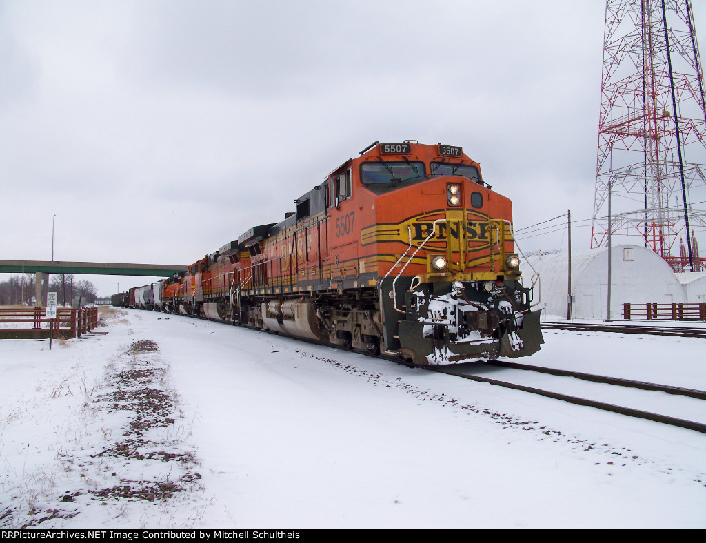 BNSF #5507 Leading The Southbound Local