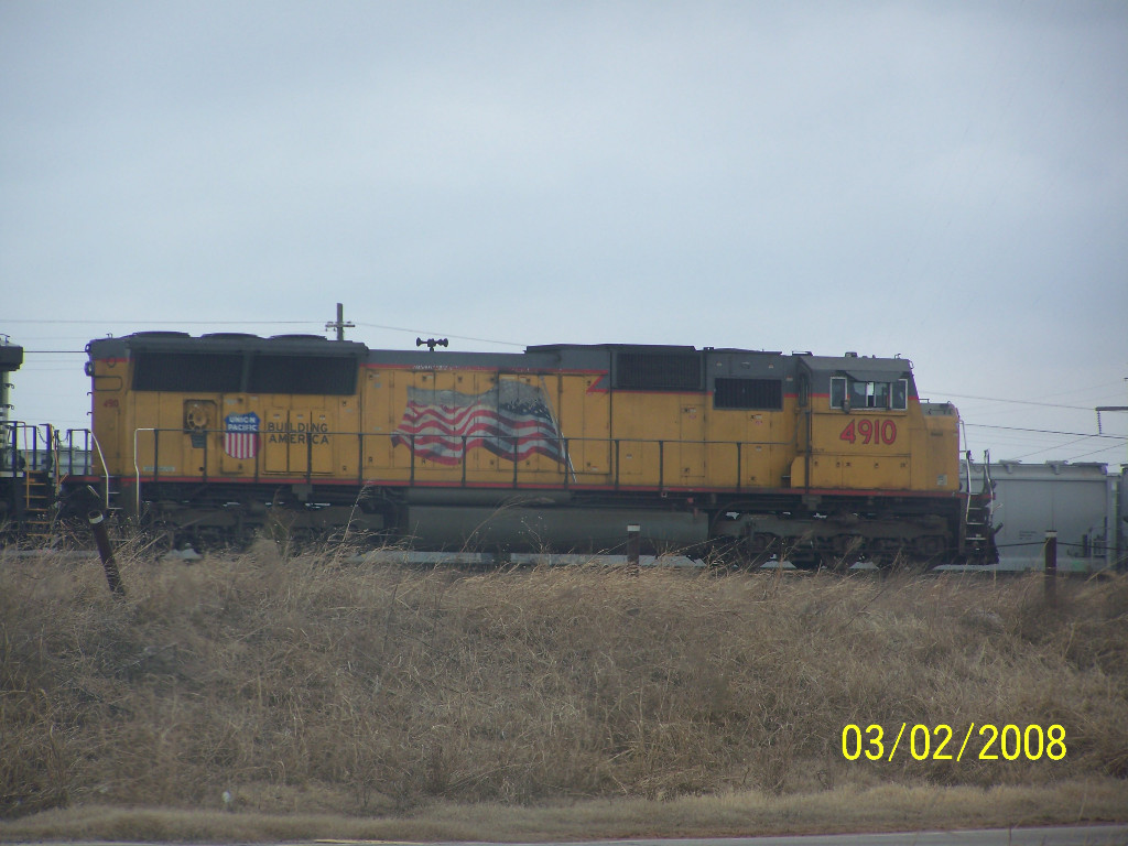 UP SD70M 4910