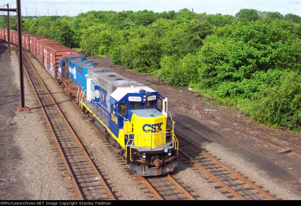 CSX GP-15-1 returns to Frankford Junction, Philadelphia Pennsylvania.