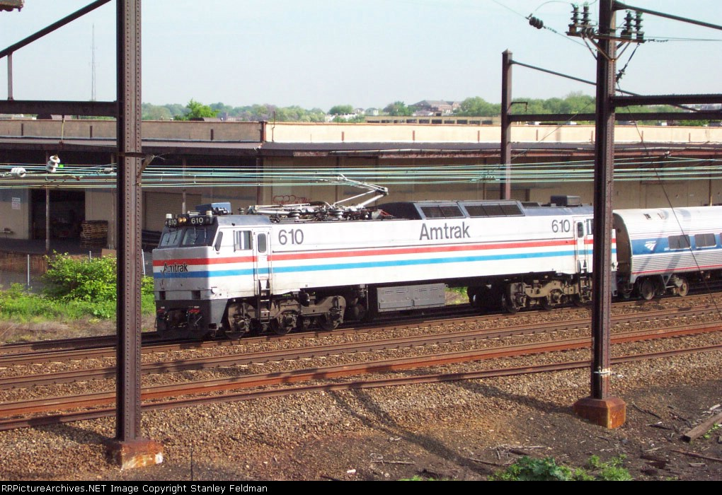 AMTK E 60 #610  in service at Frankford Junction.