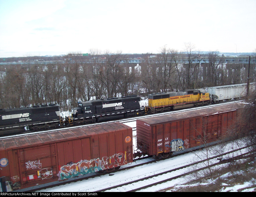 NS 3442 and HLCX 5982