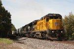 UP 9166, northbound NS train D32