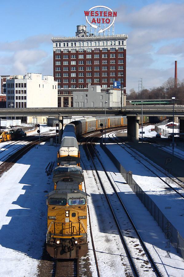 Westbound UP Auto Train