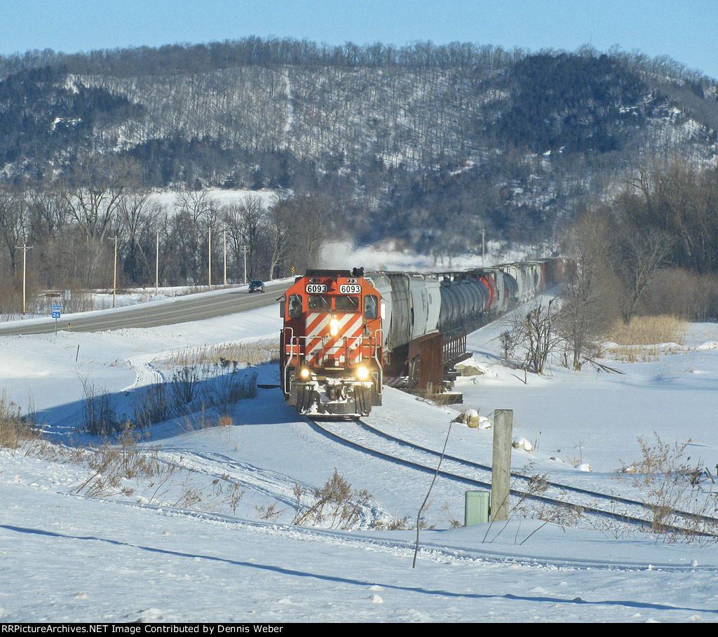DM&E  6093, ICE's  Marquette  Sub.