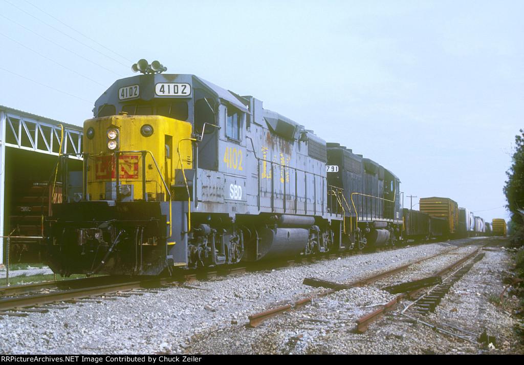 SBD GP38-2 4102
