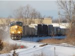 Led by CSX 5400, Q334-30 climbs towards Fox