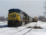 CSX 608 & 8620 begin to pull out of 2 Track with N911-08