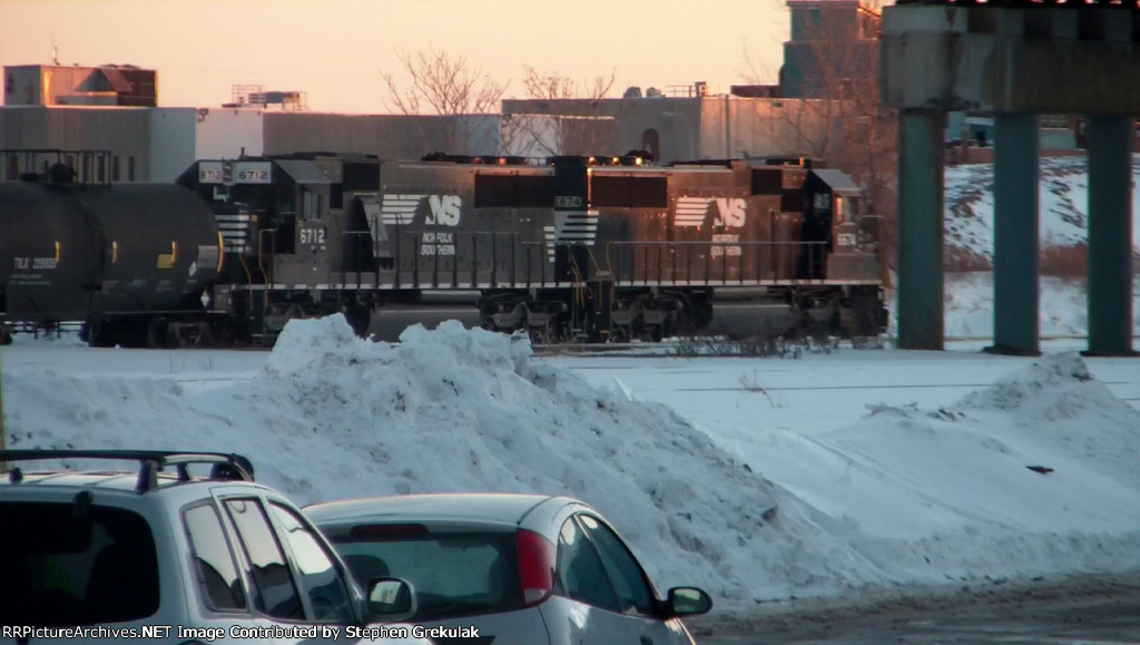 2 NS SD60's Head Out of Buffalo with a Manifest