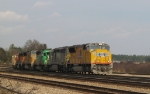 UP 5127 leads an assortment of foreign power & lease units