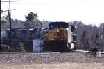 CSX 593 leads train Q492 towards the yard