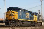 CSX 403 leads train Q667 westbound