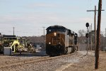 CSX 840 & 870 lead empty coal train U355 westbound