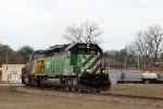 HLCX 7020 leads train Q676 towards Hamlet yard