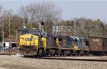 CSX 47 leads train Q491-18 southbound