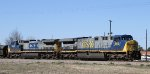 CSX 685 leads train Q439-15 towards the yard