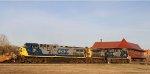 CSX 318 & 391 lead train Q040-21 across Hamlet Crossing