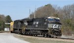 NS 8022 & 1003 lead CSX train F701 towards the yard