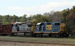 CSX 2776 & 7691 lead train F768 towards the yard
