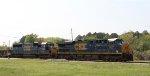 CSX 900 & 2492 lead train W039