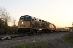 CSX 9992 leads train P909-01 out of Hamlet Yard early in the morning
