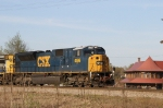 CSX 4596 leads train Q477-31 towards the yard