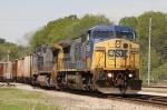 CSX 7896 leads train Q776 eastbound