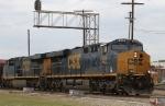 CSX 886 & 812 lead train E145-06 northbound