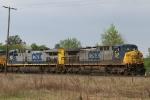 CSX 347 leads train Q492 towards the yard