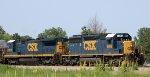 CSX 8086 leads train Q401-24 towards the yard