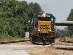 CSX 2355 leads train F768 towards the yard