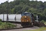 CSX 5230 leads train Q439 into Hamlet Yard