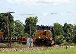 CSX 907 leads train Q477-22 towards the yard