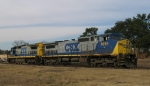 CSX 7855 & 7523 make a light move