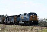 CSX 8722 & 8134 lead a train towards the yard