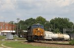 CSX 3093 leads train Q478-23 out of the yard