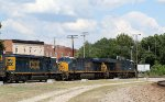 CSX 3298 leads train Q464-23 towards the yard
