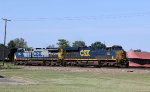 CSX 923 & 64 lead train Q471-24 towards the yard