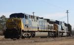 CSX 421 leads train Q699 westbound