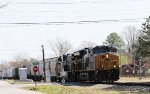 CSX 3256 leads train F728 towards the yard