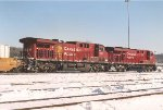 Eastbound intermodal departs after crew change