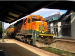 BNSF leading CSX train to Indy