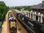 NS and CSX at Lafayette station