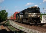 SD70M-2 leads a WB stack train