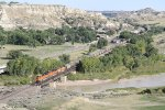 BNSF 9132 Crosses the Little Missouri River