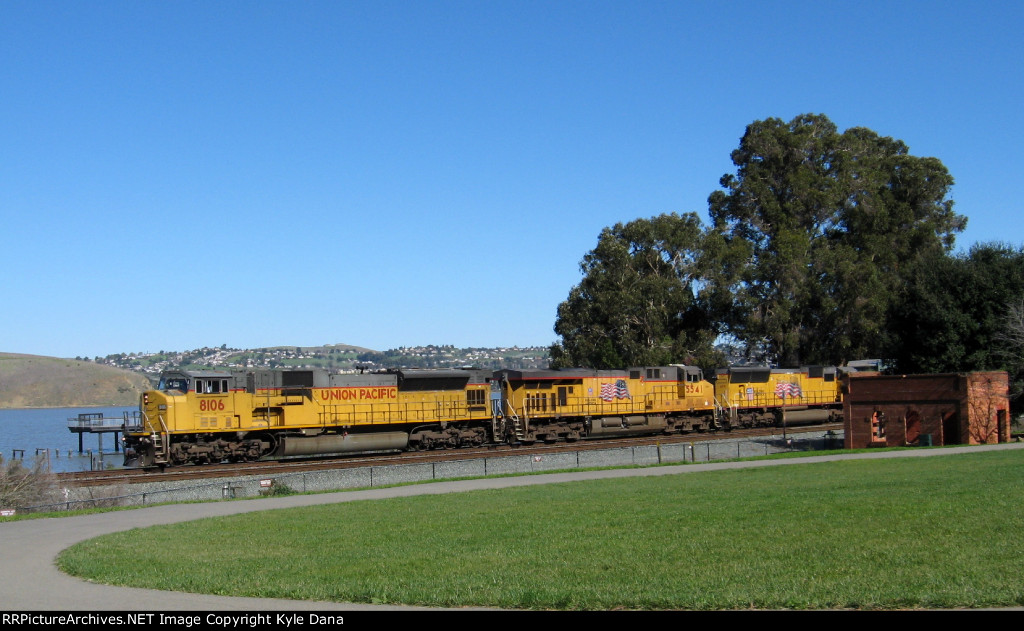 UP 8106 on the UP MRVSJ