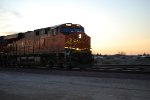 BNSF 6622 rolls eastbound out of a Brillant California Dusk/Sunset with the Z LAC-CHI double stack train as she slows down for a crew swap at the BNSF Barstow Steps.