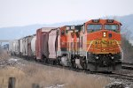 An Eastbound BNSF Switching Cars