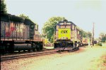 CSX 8312 eases into Pinoca yard