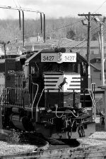 NS SD40-2 3427