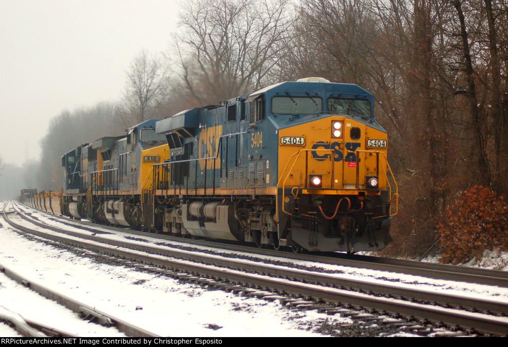 CSX ES40DC 5404 leads an eastbound